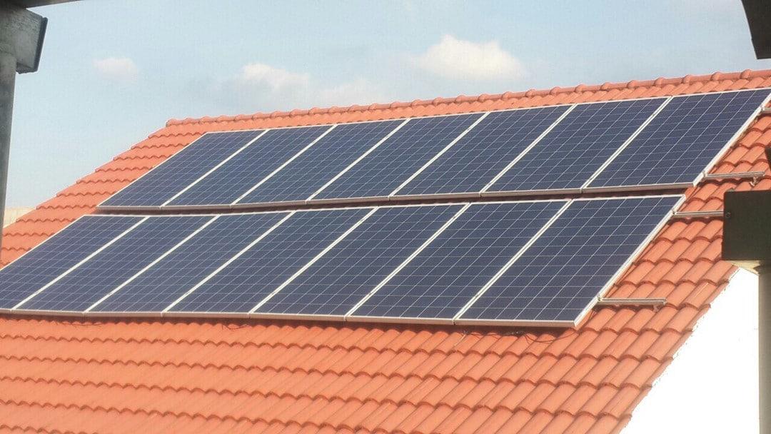 bảng giá thi công điện mặt trời áp mái chất lượng